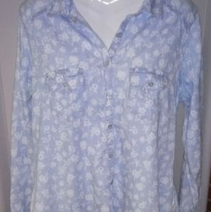 Maurice Button down
